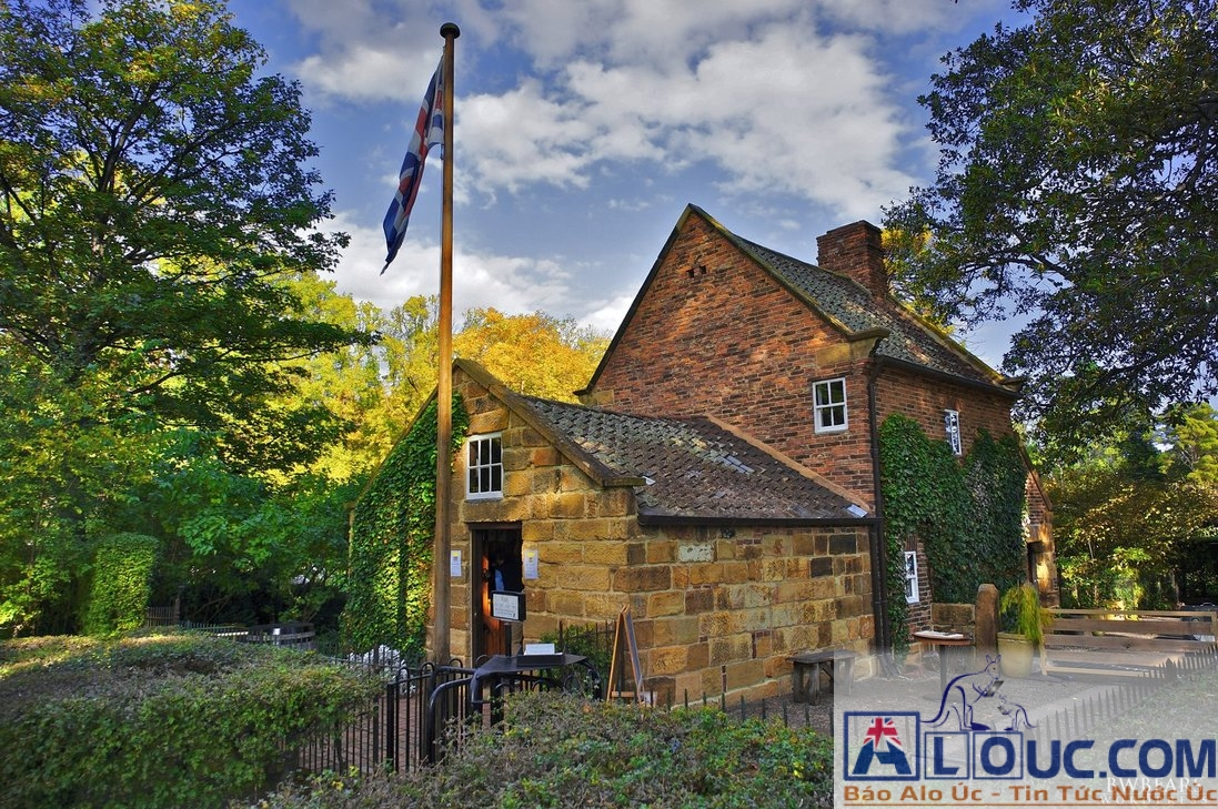 captain-cook-s-cottage-by-luk54321-d62h0ka